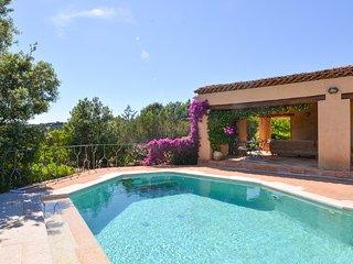 3 bedroom Villa in Cala Bitta, Sardinia, Italy : ref 5416027