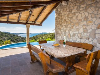 3 bedroom Villa in Dvornica, Sibensko-Kninska Zupanija, Croatia : ref 5404243
