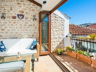 3 bedroom Villa in Murter, Sibensko-Kninska Zupanija, Croatia : ref 5402344