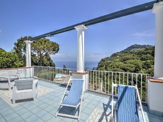 5 bedroom Villa in Capri, Campania, Italy : ref 5399090