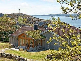 3 bedroom Villa in Sjögårdsvik, Västra Götaland, Sweden : ref 5396933