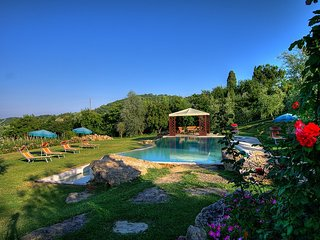 6 bedroom Villa in Montepulciano, Tuscany, Italy : ref 5395009