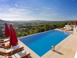 5 bedroom Villa in Sant Llorenc des Cardassar, Balearic Islands, Spain : ref 539