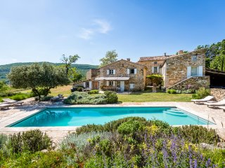 6 bedroom Villa in Viens, Provence-Alpes-Côte d'Azur, France : ref 5392393