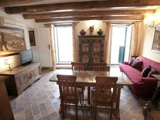 Lilli Apartament ( historic centre of Tropea)
