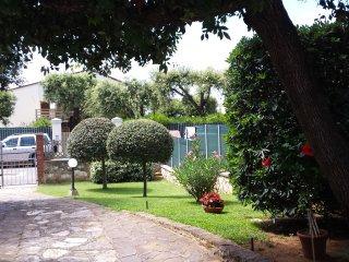 Villetta Con Giardino Privato 7 Posti Letto - Rif. Guantini