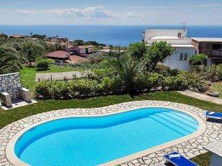 VILLA ALDO, Nice location and Private pool
