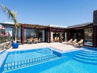 4 bedroom Villa in Mogán, Canary Islands, Spain : ref 5380488
