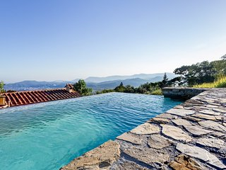 5 bedroom Villa in Ponzano Superiore, Liguria, Italy : ref 5380444