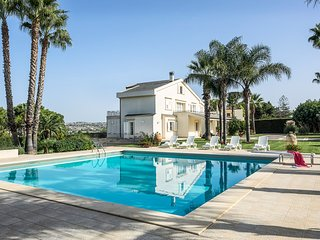 5 bedroom Villa in Ufra, Sicily, Italy : ref 5364851