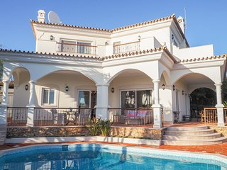 4 bedroom Villa in Quinta do Lago, Faro, Portugal : ref 5364806