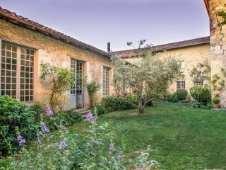 12 bedroom Chateau in Poudenas, Nouvelle-Aquitaine, France : ref 5364790