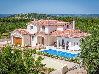 4 bedroom Villa in Vrulje, Sibensko-Kninska Zupanija, Croatia : ref 5364785