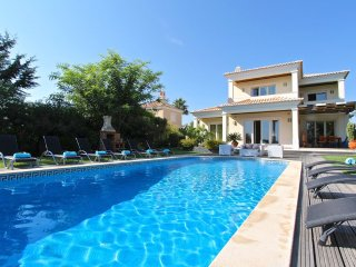 5 bedroom Villa in Vilamoura, Faro, Portugal : ref 5364780