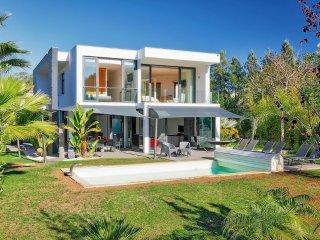 4 bedroom Villa in Praia Maria Luisa, Faro, Portugal : ref 5364774