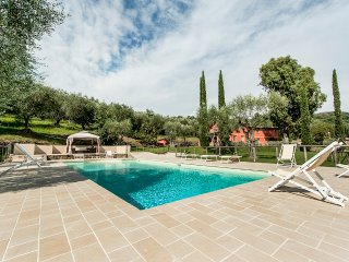 5 bedroom Villa in Luciano, Tuscany, Italy : ref 5364743