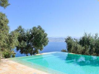 5 bedroom Villa in Karniaris, Ionian Islands, Greece : ref 5364728