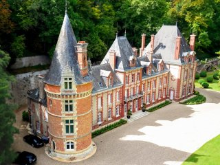 12 bedroom Chateau in Bazincourt-sur-Epte, Normandy, France : ref 5364729