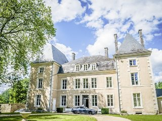 25 bedroom Chateau in Benest, Nouvelle-Aquitaine, France : ref 5364702