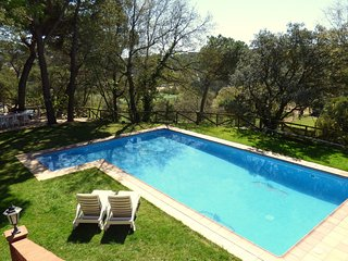 Sant Genis de Palafolls Villa Sleeps 10 with Pool and WiFi - 5343824