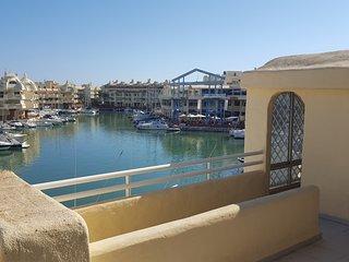 magnifico apartamento en Puerto Marina