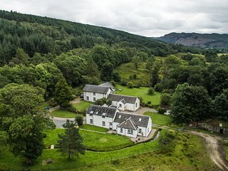 Skye Cottage - Ardachearnbeg - Glendaruel - Self Catering Holiday