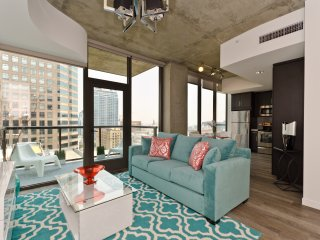 URBAN DOWNTOWN LA EXCLUSIVE PENTHOUSE