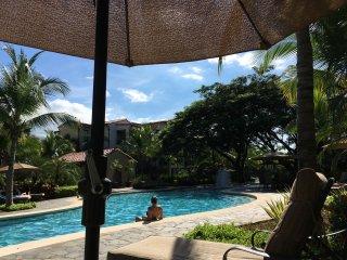 Pacifico Paradise, Playas del Coco