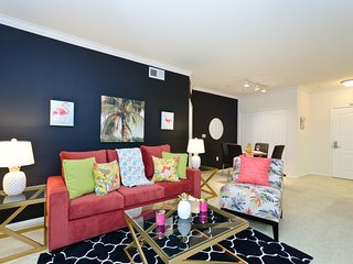 URBAN DOWNTOWN LA RESORT STYLE FLAMINGO SUITE