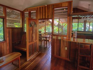 Toucan House Eco-Lodge