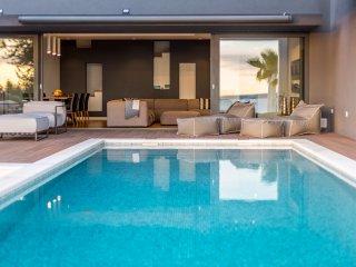 Luxury villa Miani