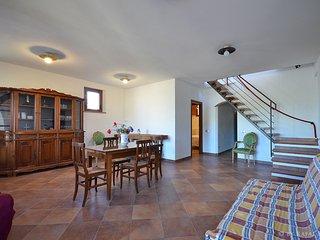 3 bedroom Villa in Fabbrica, Tuscany, Italy : ref 5311845