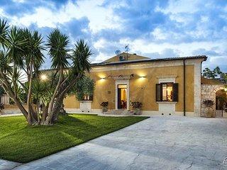 4 bedroom Villa in San Corrado di Fuori, Sicily, Italy : ref 5312341