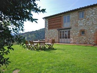 6 bedroom Villa in Lucca, Tuscany, Italy : ref 5313099