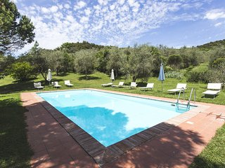 4 bedroom Apartment in Rapolano Terme, Tuscany, Italy : ref 5312853