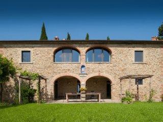 6 bedroom Villa in Arezzo, Tuscany, Italy : ref 5310908