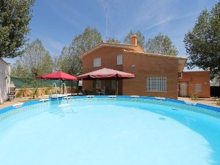 5 bedroom Villa in Sesena Nuevo, Castile-La Mancha, Spain - 5697804