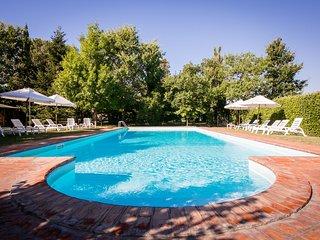 7 bedroom Villa in La Mucchia, Tuscany, Italy : ref 5311157