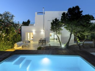 3 bedroom Villa in Sant Antoni de Portmany, Balearic Islands, Spain : ref 531047