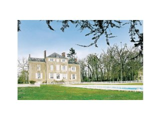 Amazing home in St Michel d.Chavaignes w/ WiFi and 8 Bedrooms (FVS706)