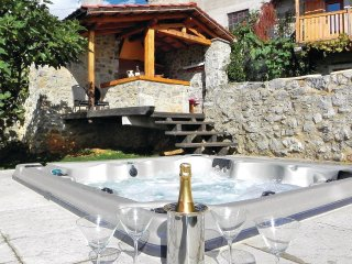 Awesome home in Sezana w/ Jacuzzi, Sauna and 5 Bedrooms