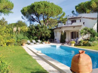 Stunning home in Mougins w/ WiFi and 3 Bedrooms
