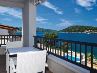 Stunning home in Kalebova Luka w/ WiFi and 3 Bedrooms
