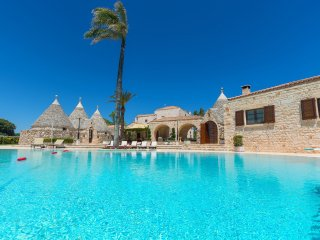 6 bedroom Villa in Ceglie Messapica, Apulia, Italy : ref 5252002
