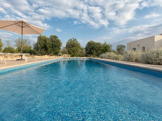 2 bedroom Villa in Carovigno, Apulia, Italy : ref 5251990