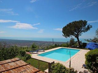 5 bedroom Villa in Strettoia, Tuscany, Italy : ref 5251989