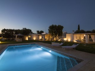 4 bedroom Villa in Ceglie Messapica, Apulia, Italy : ref 5251985