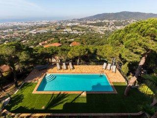 6 bedroom Villa in Sant Andreu de Llavaneres, Catalonia, Spain : ref 5251877