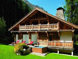 5 bedroom Villa in Chamonix, Auvergne-Rhone-Alpes, France : ref 5247236