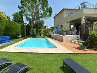 6 bedroom Villa in Plascassier, Provence-Alpes-Côte d'Azur, France : ref 5247117